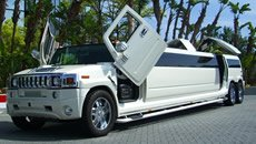 white-hummer-22seater-jetdoors